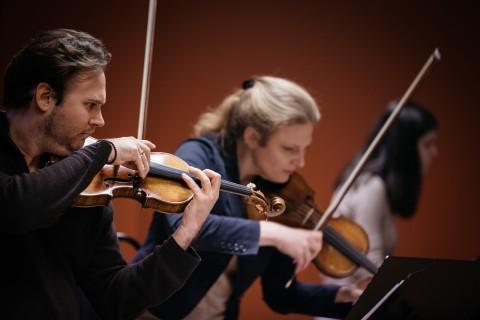 Christian Svarfvar - Violin, Tanja Becker-Bender - Violin